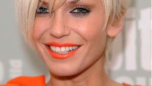sarah-harding-orange-lipsti